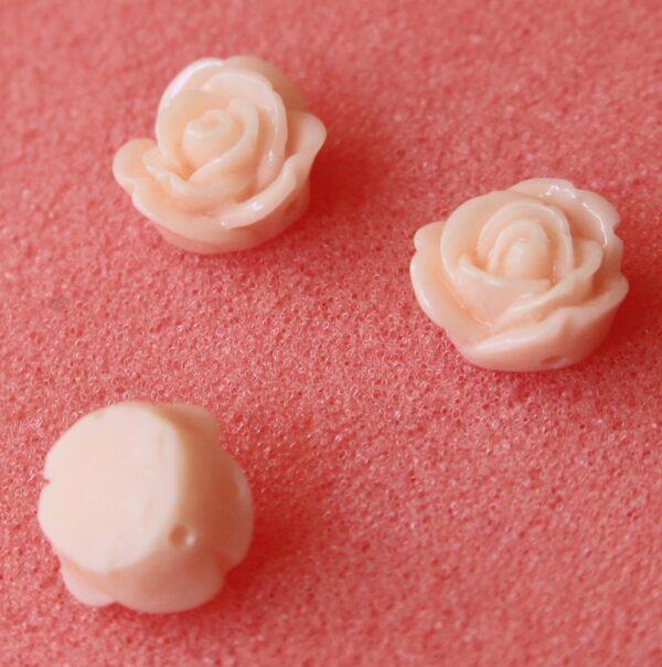 4 Roselline ROSA ANTICO LUCIDE ROSE PERLINE PERLE FIORI IN RESINA CABOCHON