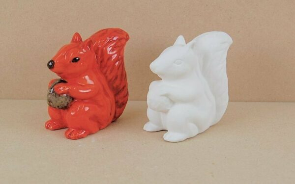 Statuina in ceramica biscotto bianco scoiattolo da dipingere decorare Cyril S 303564334021