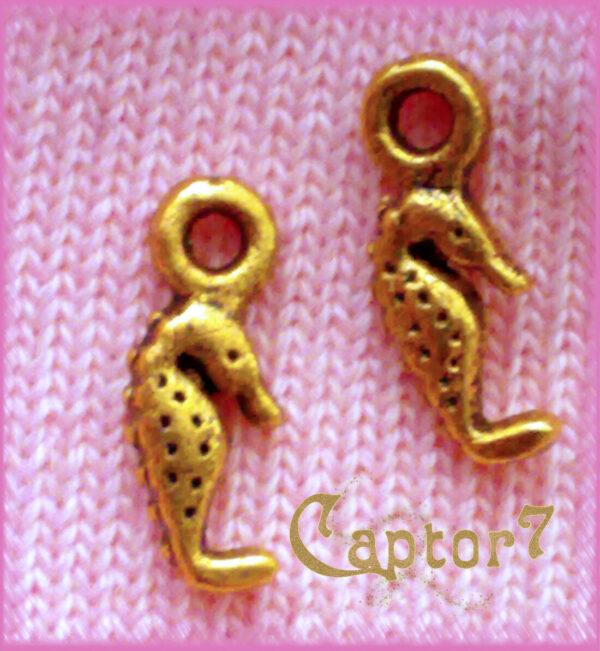 10 CHARMS IPPOCAMPO color OTTONE CAVALLUCCIO MARINO CIONDOLO PENDENTE MARE 302002244944