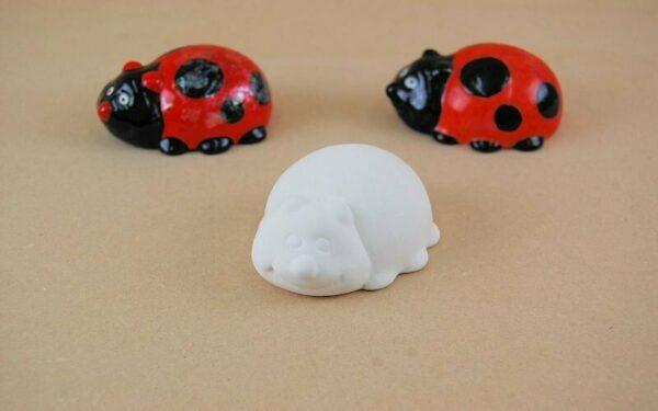 Statuina in ceramica biscotto bianco coccinella da dipingere decorare bisque 293576035657
